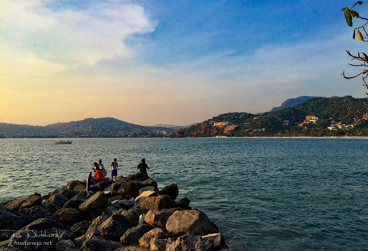 Fishing from the rocks, Zihuatanejo Bay